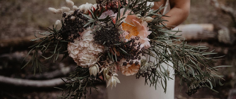 Le bouquet de la mariée signé Hug organisation: wedding planner haut de gamme drougARTevent
